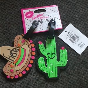 Betsy Johnson Luggage Tag Set